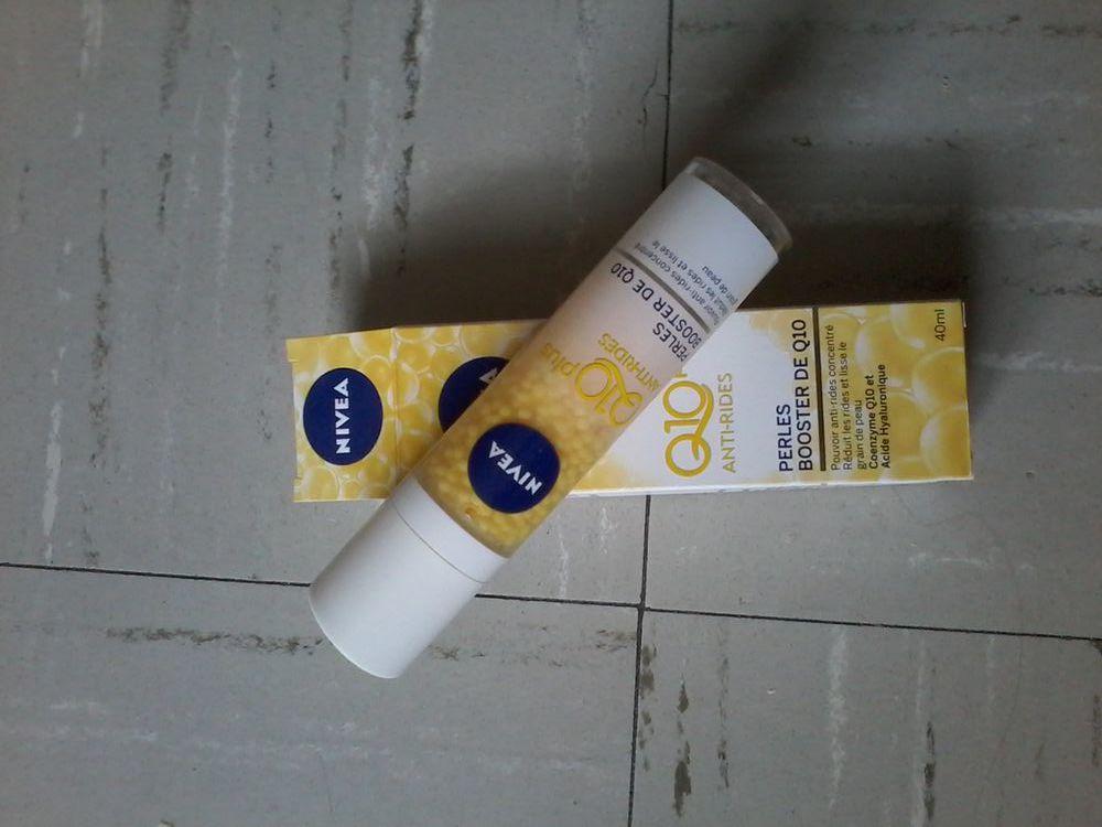 Produit nivea pour soin oeil et anti ride pour la peau Puériculture