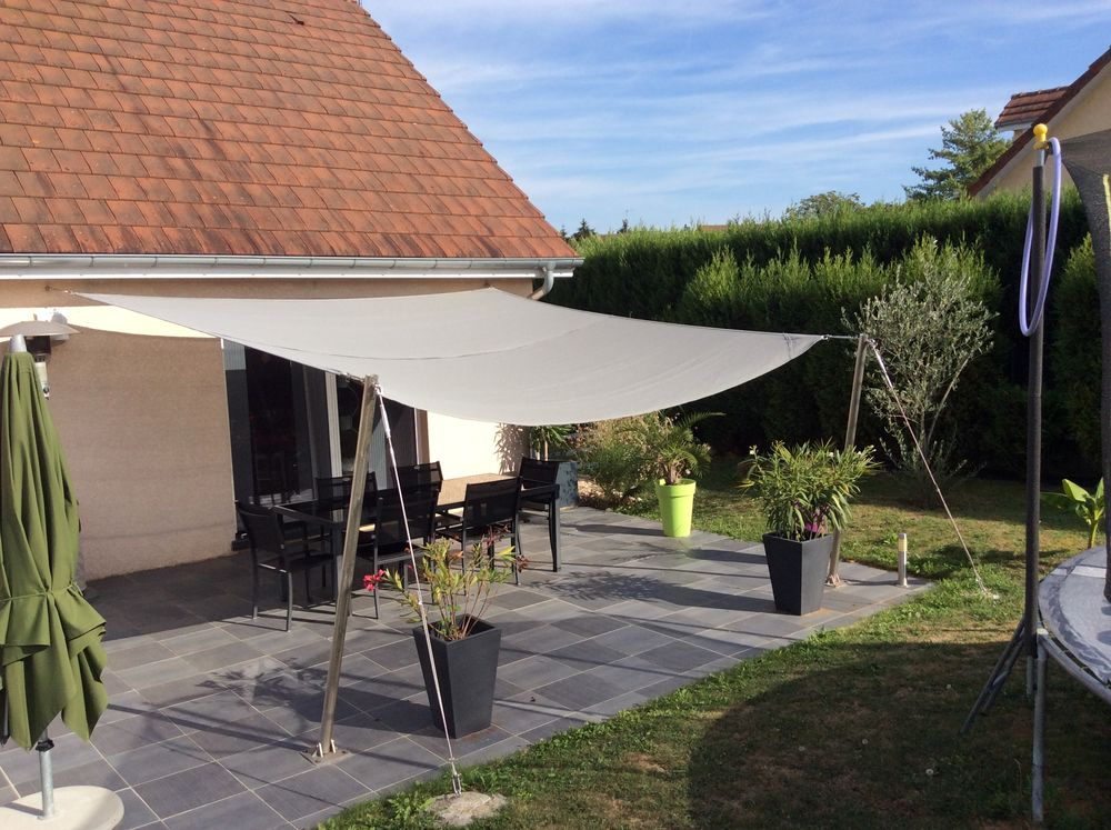 Protection solaire  500 Tavaux (39)