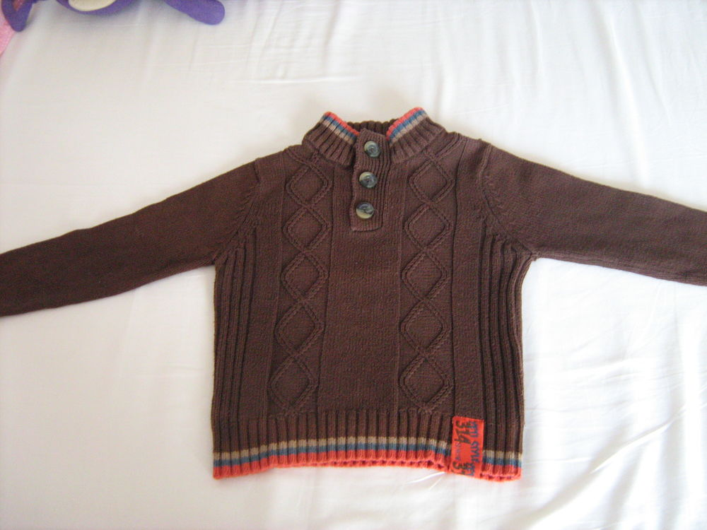 Pull 314K 4 Cannes (06)