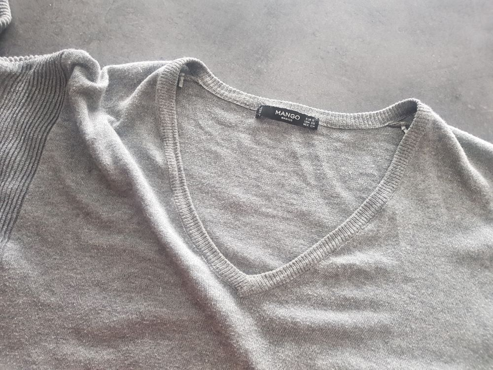 pull col v ample Zara Vêtements