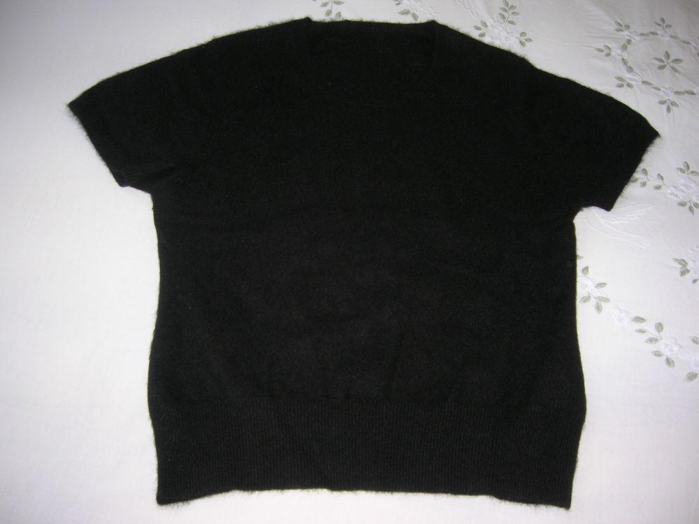 Pull angora noir 10 Châteauroux (36)