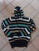 pull a capuche taille m 10 Viriat (01)