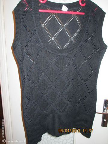 pull XL noir M&S coton sans manche 15 Alfortville (94)