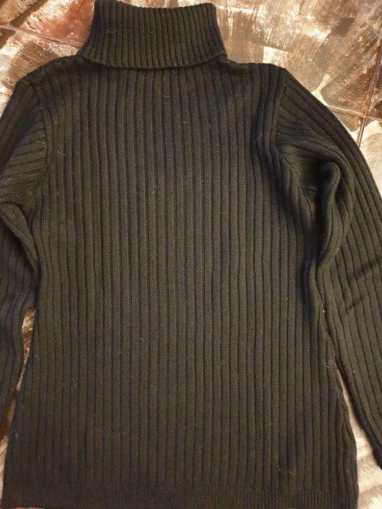 Pull noir col roulé, Taille 38-40, La Boutique La Redoute,  7 Voisins-le-Bretonneux (78)