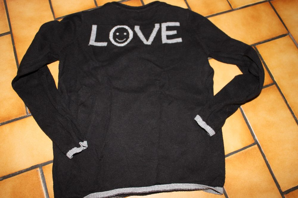 Pull okaidi love noir 6 ans 7 Wervicq-Sud (59)
