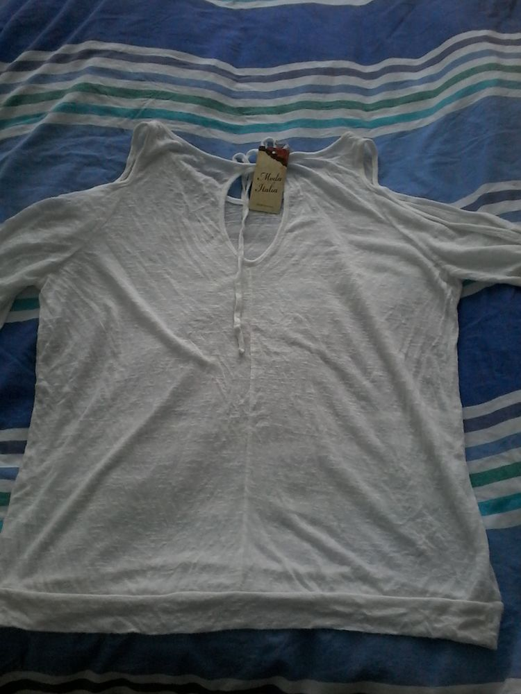 Pull  sexy  pour ete neuf étiquettes   15 Tourcoing (59)