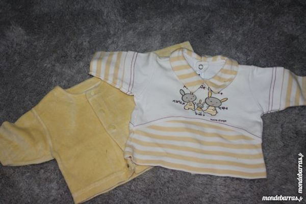 lot pull tee shirt sucre d orge 1 mois 3 Malicorne (03)