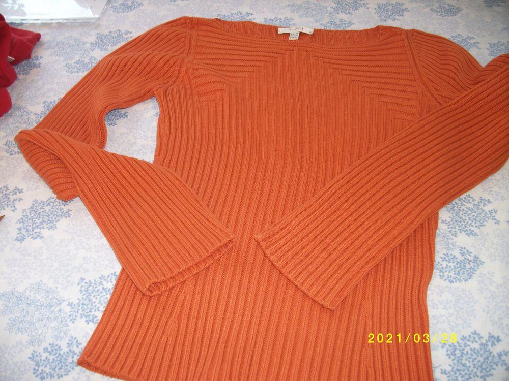 pull et tee shirt 34/36 2 Treize-Septiers (85)