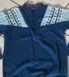 Pull sweat bleu beaux motifs chaud quasi neuf - T 40 - 42 Vêtements