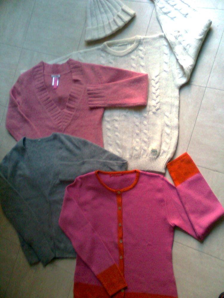 pulls-bonnet-gilet en laine - 36 et 42 - zoe 5 Martigues (13)