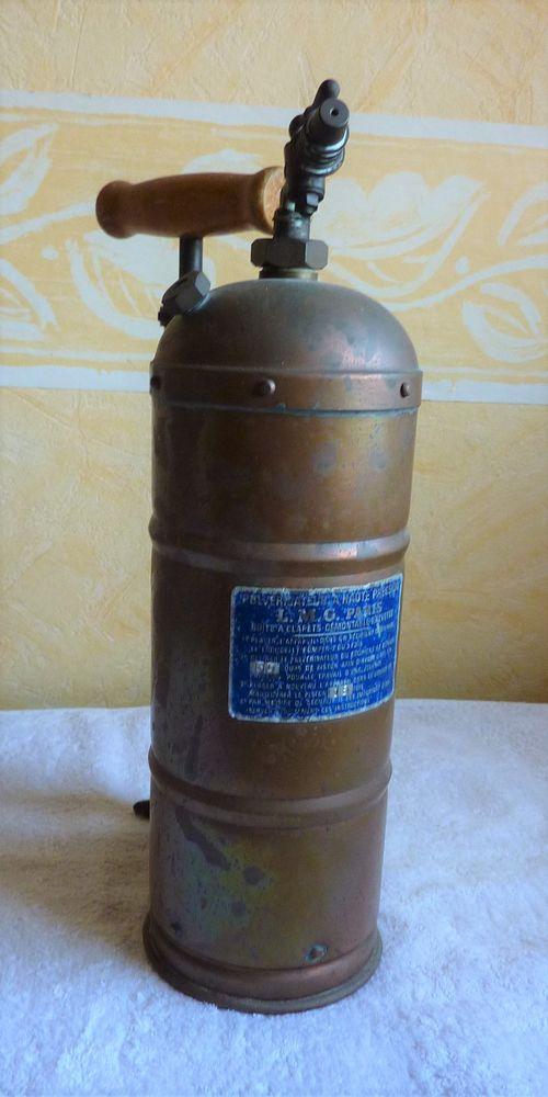 Pulvérisateur à haute pression en cuivre rouge vintage 35 Orsay (91)