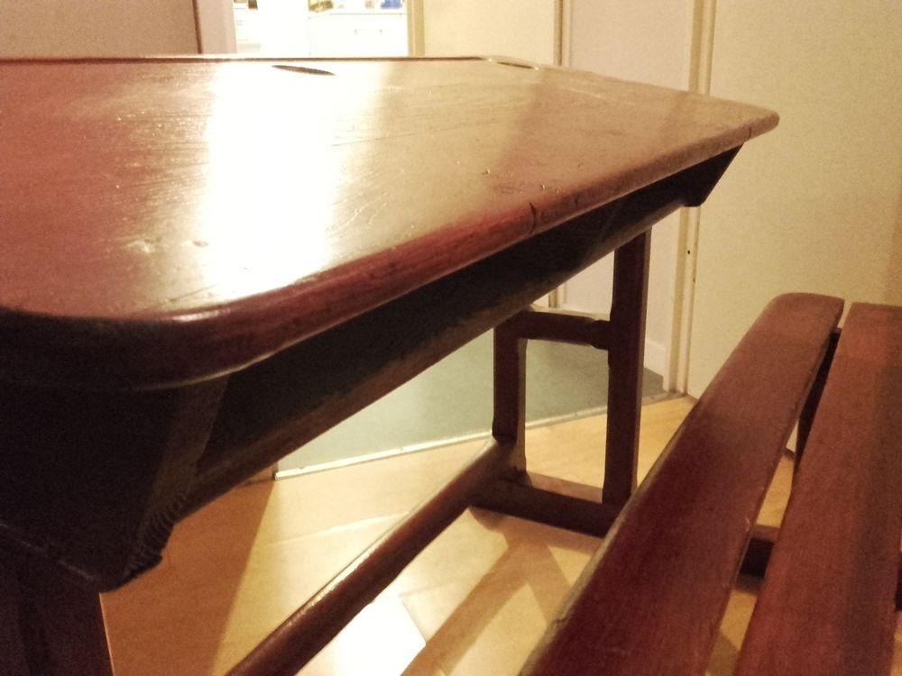 achetez pupitre d 39 colier occasion annonce vente cormontreuil 51 wb155129110. Black Bedroom Furniture Sets. Home Design Ideas