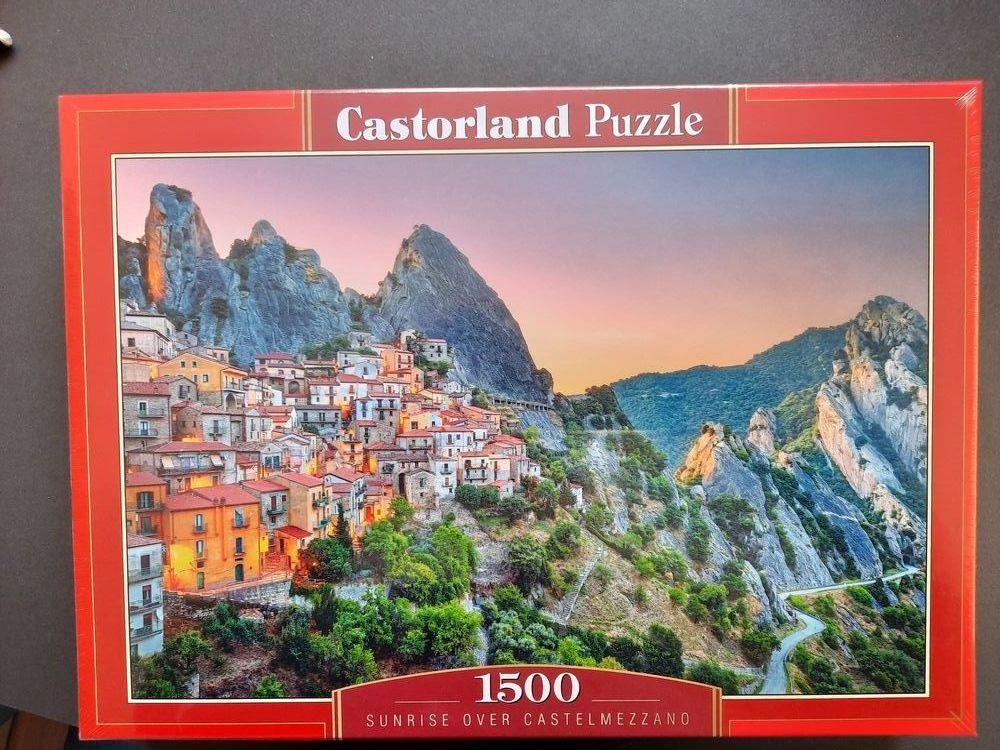 Puzzle neuf 8 Paris 18 (75)