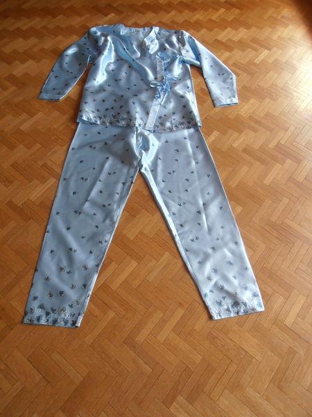 Pyjama bleu ciel croisé (77) 12 Tours (37)