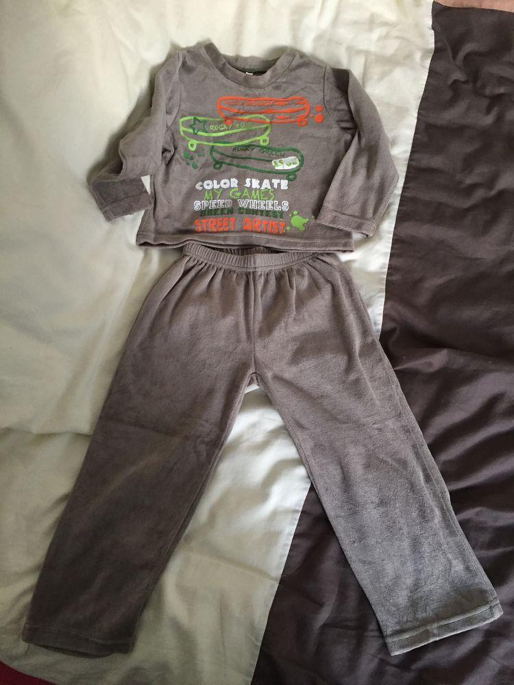 pyjama enfant 3 Bourg-en-Bresse (01)