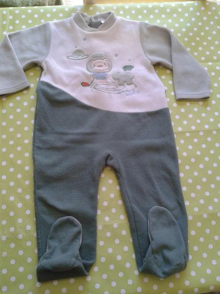 4510e6e773854 Pyjama grenouillere en polaire 2 ans
