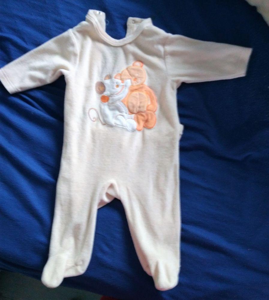 Pyjama 6 mois 4 Saint-Jean-du-Cardonnay (76)