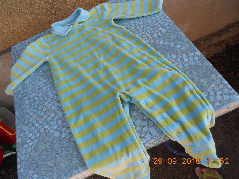 pyjamas bébé velours ..3/6/12/18/24/ mois 2 Tournon-sur-Rhône (07)