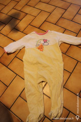 2 pyjamas blanc et jaune 18 mois Vêtements enfants