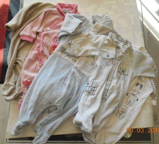 Pyjamas divers 1 mois 0 Mâcon (71)