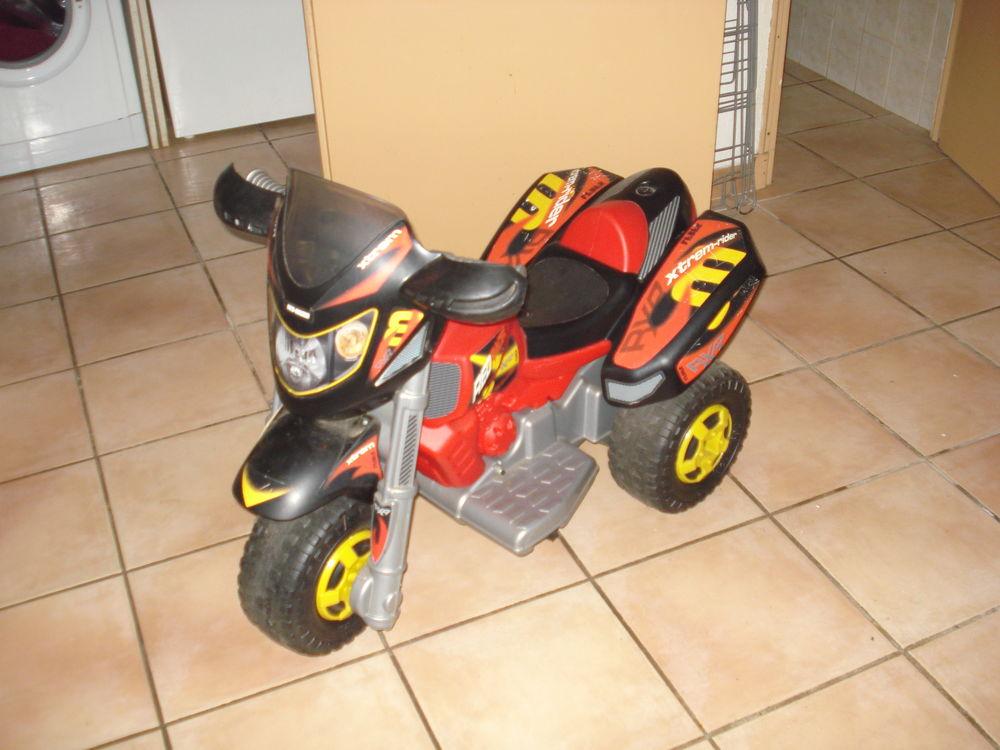 quad électrique enfant de 3 à 6ans 70 Montclar (11)