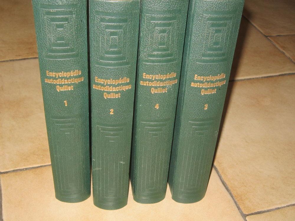 Quatre tomes de l'encyclopédie autodidactique QUILLET 40 Brignais (69)