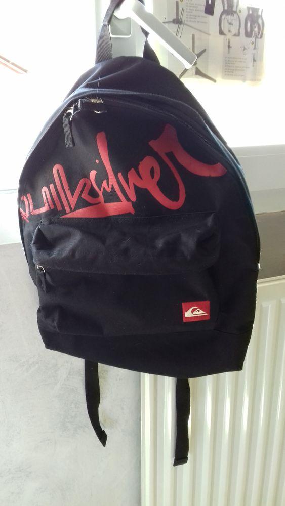 088fa2132c Sacs à dos occasion , annonces achat et vente de sacs à dos ...