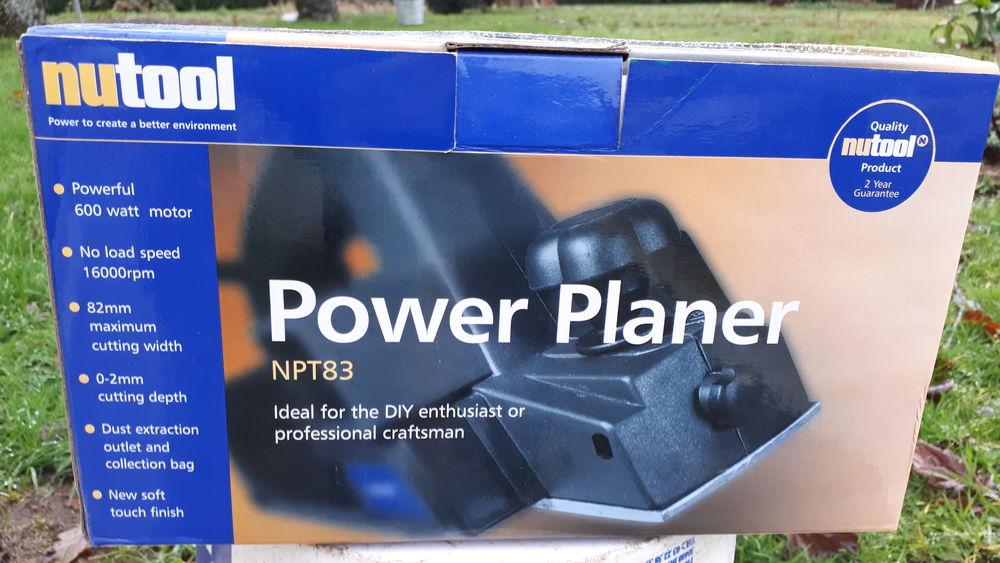 3 Rabots électriques neufs  110 Plouay (56)
