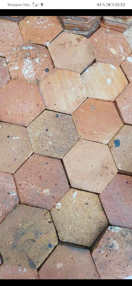 Rachet tout type de tomette hexagonale ou carré  0 Nangis (77)