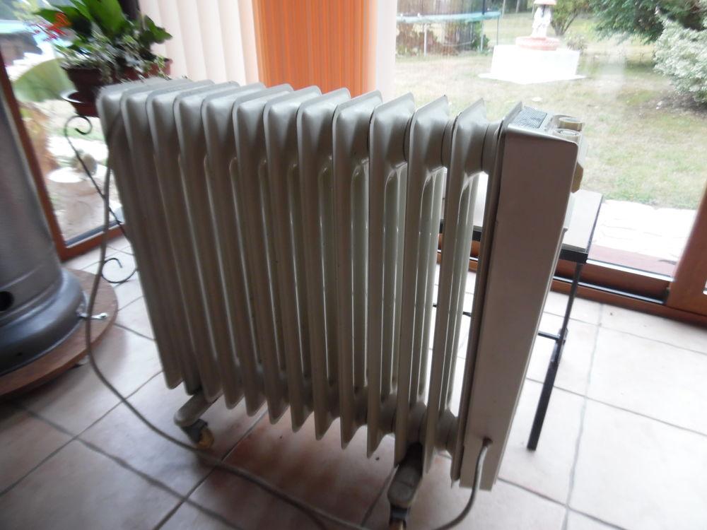 radiateurs bain d 39 huile occasion en aquitaine annonces achat et vente de radiateurs bain d. Black Bedroom Furniture Sets. Home Design Ideas