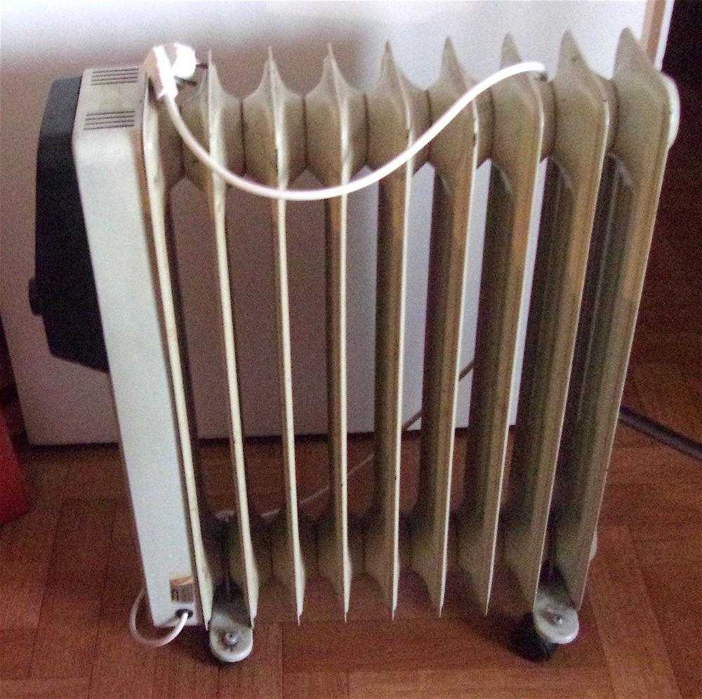 radiateurs bain d 39 huile occasion en aquitaine annonces. Black Bedroom Furniture Sets. Home Design Ideas