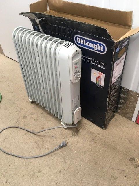radiateur à bain d'huile DELONGHI 30 Rennes (35)