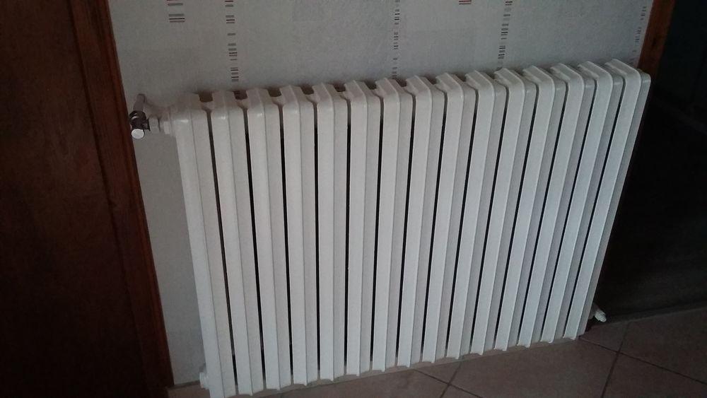 Radiateur de chauffage salle de bain en fonte d'aluminium  40 Bruay-la-Buissière (62)