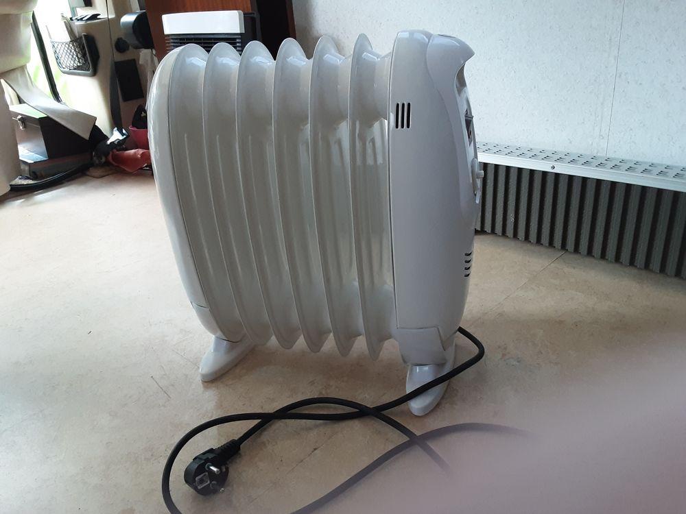 Radiateur électrique d'appoint bain d'huile Electroménager