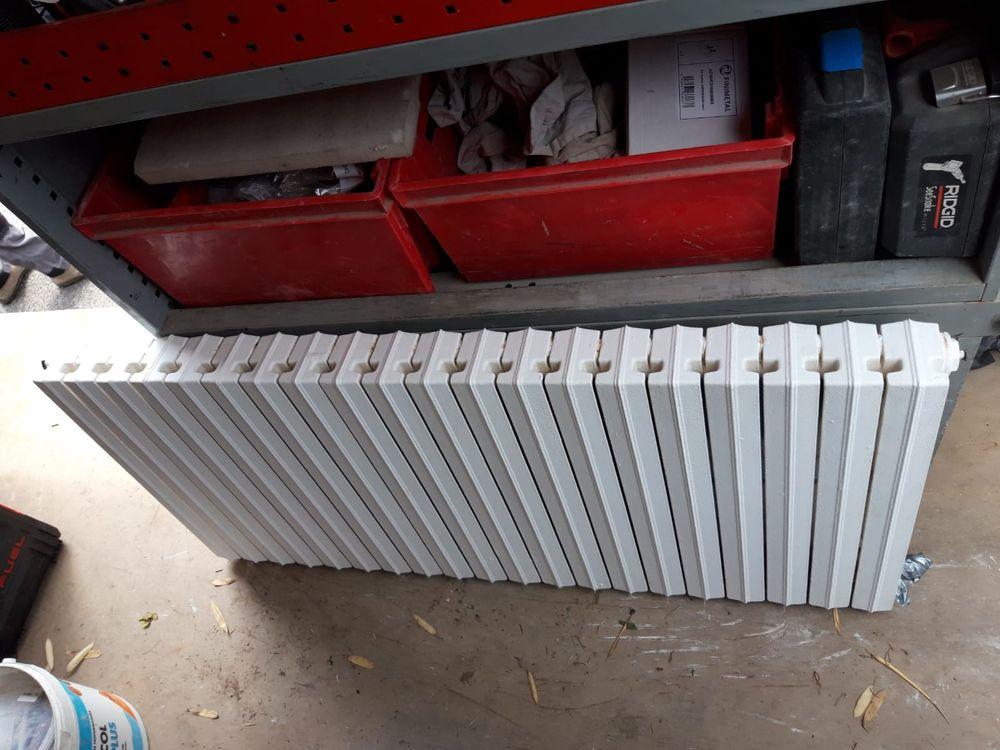 Radiateur fonte à rideau, 20 éléments. 200 Lorient (56)