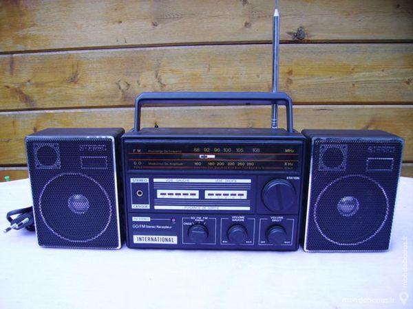 RADIO STEREO « International » 5 Dammarie-les-Lys (77)
