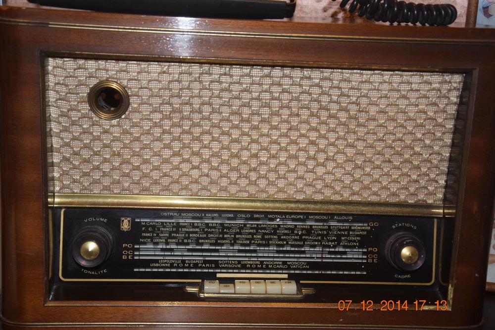 RADIO   TSF   100 Saint-Laurent-du-Var (06)
