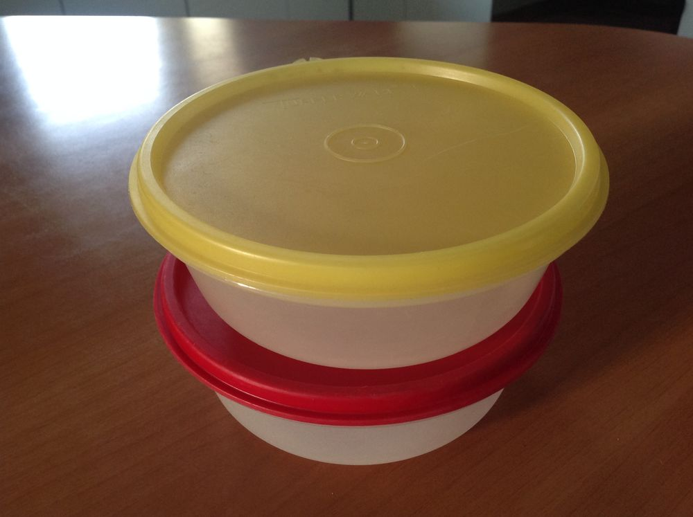 2 ramequins Tupperware  5 Mulhouse (68)