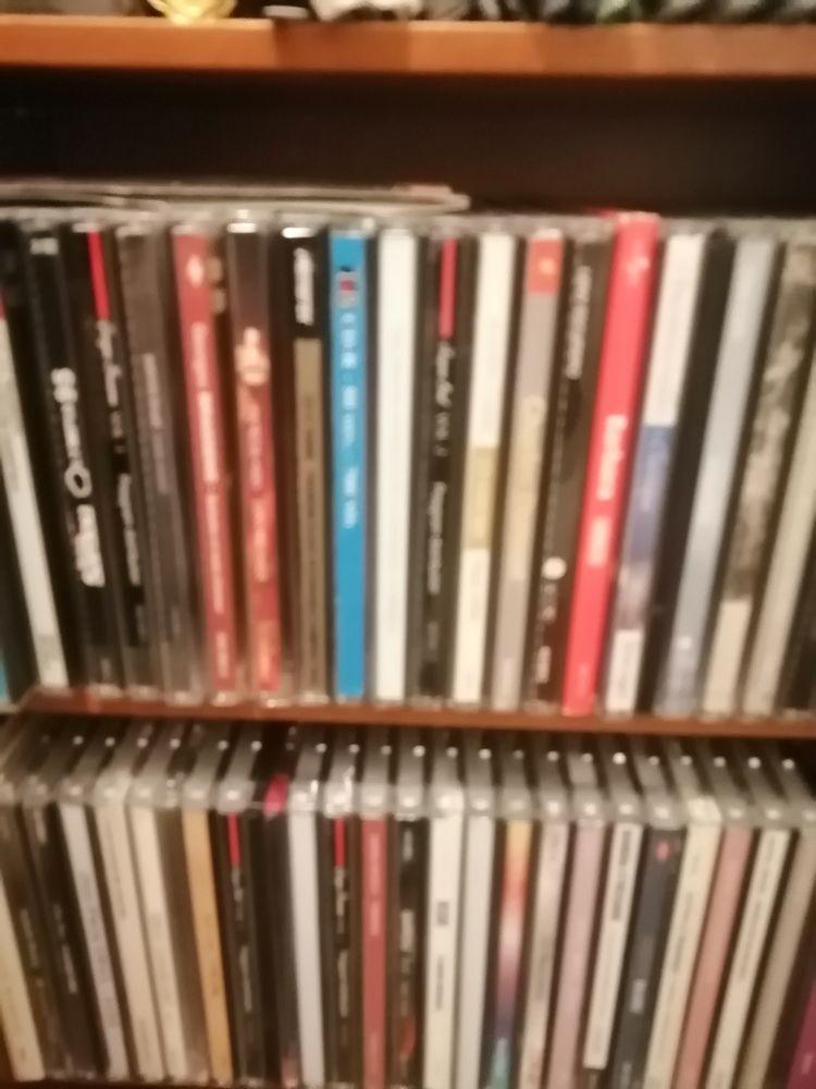 Range CD en merisier 50 Carcassonne (11)