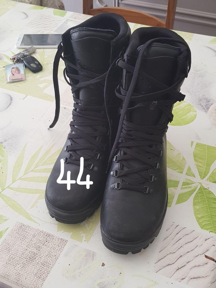 rangers militaire 30 Hyères (83)