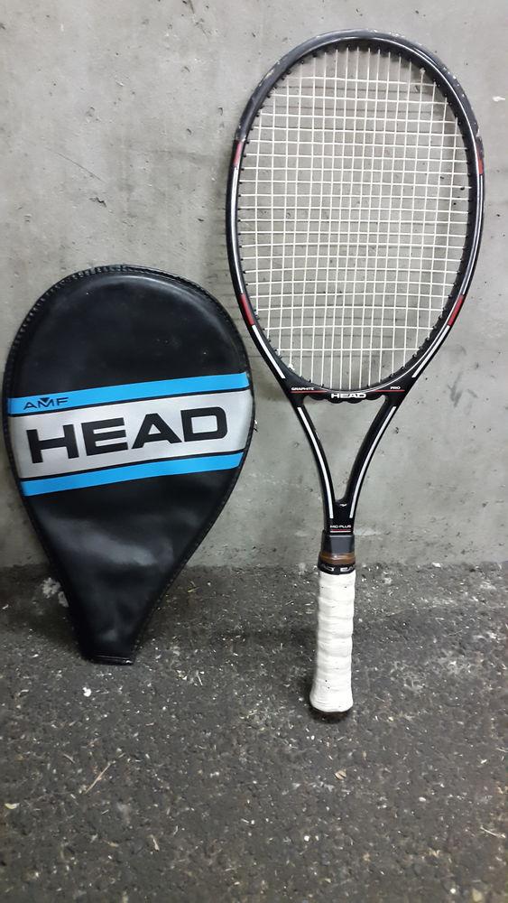 2 raquette de tennis  25 Annecy-le-Vieux (74)