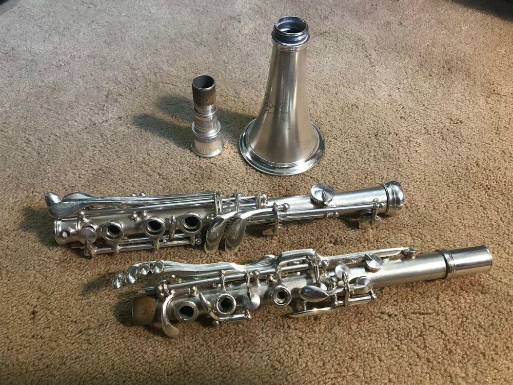 Rare et belle clarinette en métal Conn 524N 800 Paris 20 (75)
