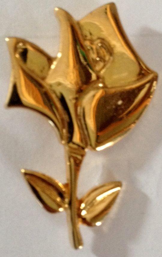 Rare pin's   La rose de Lancôme  vintage 0 Richwiller (68)