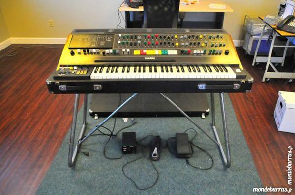 Recherche un clavier synthétiseur Yamaha CS-80 1 Aiguilhe (43)