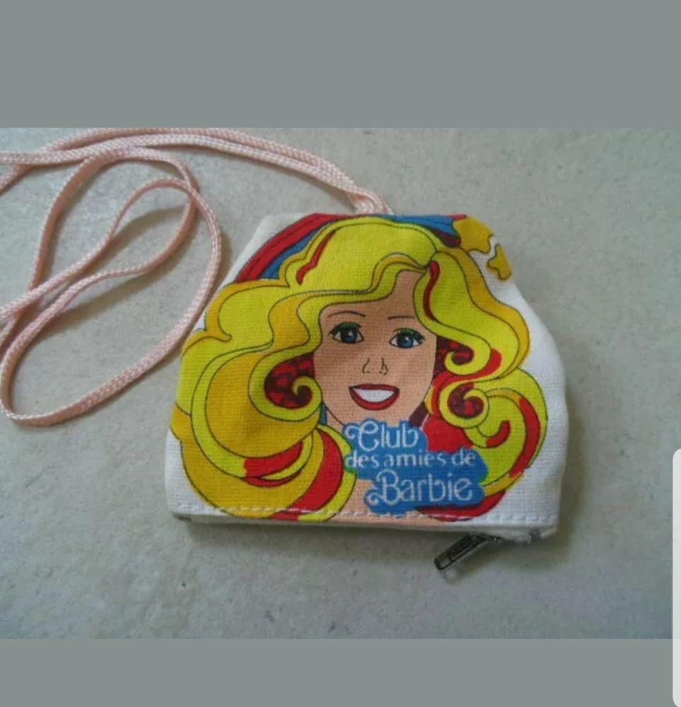 Recherche pochette Club des amies de barbie 0 La Seyne-sur-Mer (83)