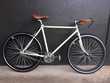 Récupère, débarrasse tout type de vieux vélo. Vélos