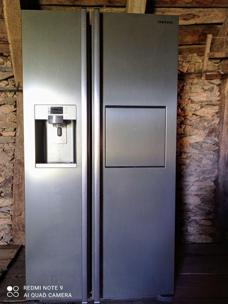 Réfrégirateur congélateur type américain Samsung 700 Saint-Merd-de-Lapleau (19)