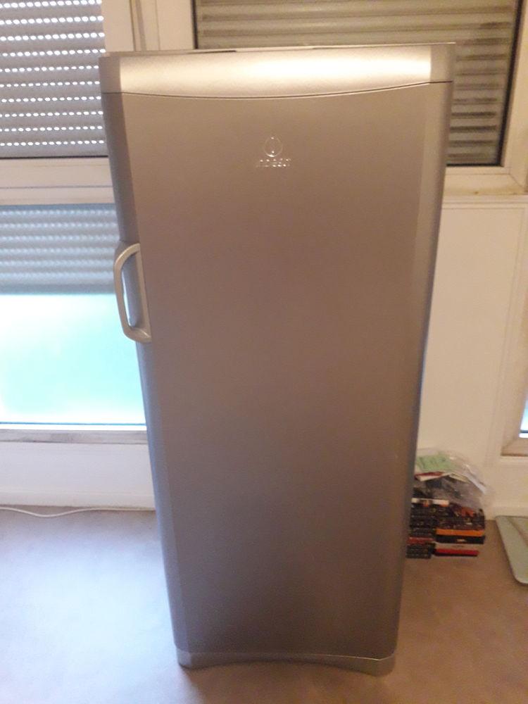 Refregirateur 100 Vitry-sur-Seine (94)
