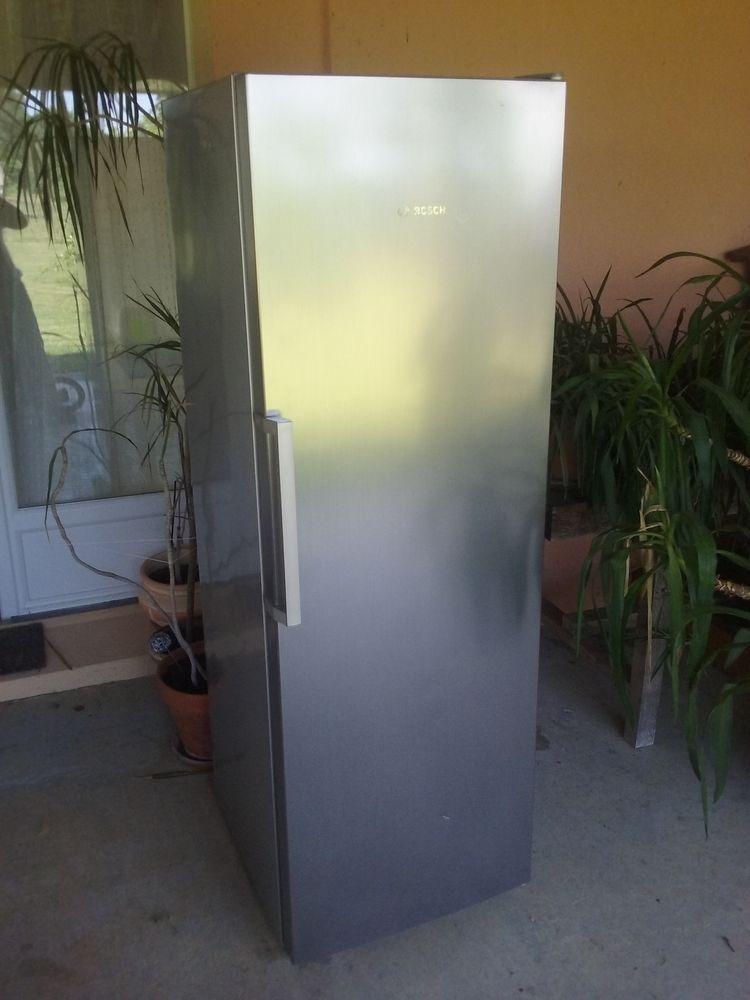 Réfrigérateur BOSCH 180 Escurès (64)