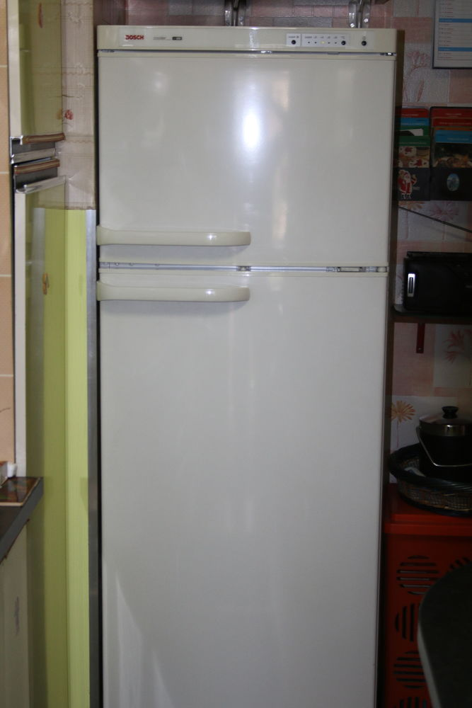 congelateur bosch trendy acheter bosch conglateur. Black Bedroom Furniture Sets. Home Design Ideas